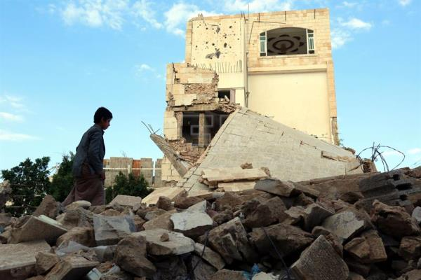 Ongoing conflict in Yemen amid pressure to resume peace talks