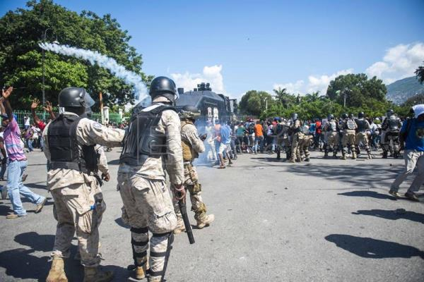 Demonstrators participate in a march against corruption and impunity, in Port-au-Prince, Haiti, 17 October 2018. Thousands of Haitians took to the streets of the capital and other parts of the country to demand that those responsible for the alleged corruption that occurred around the funds of the Petrocaribe program be brought before the courts. The today demonstration was the largest held in Port-au-Prince since the beginning of the anti-corruption movement several months ago. EPA-EFE/FILE/JEAN MARC HERVE ABELARD