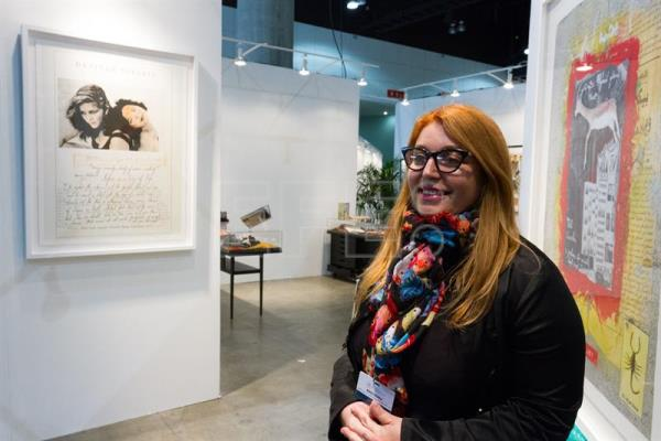 Photo provided on Jan. 10, 2018 shows Marisa Caichiolo, the director and curator of the Latin American Area at the Los Angeles Art Show, speaks with EFE, in Los Angeles, United States on Jan. 9, 2018. EPA-EFE/Felipe Chacon