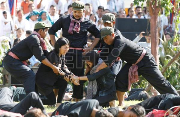 Cambodia marks genocide atrocities on Day of Remembrance