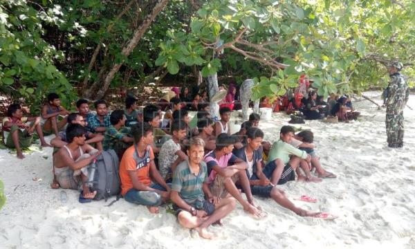 Investigation launched into 65 Rohingyas found on Thai island