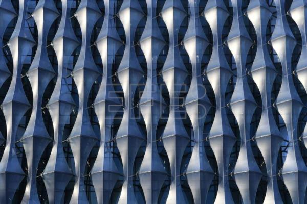 A detailed view of the facade of the new US Embassy at Nine Elms in London, Britain, Dec. 15, 2017. EPA/ANDY RAIN