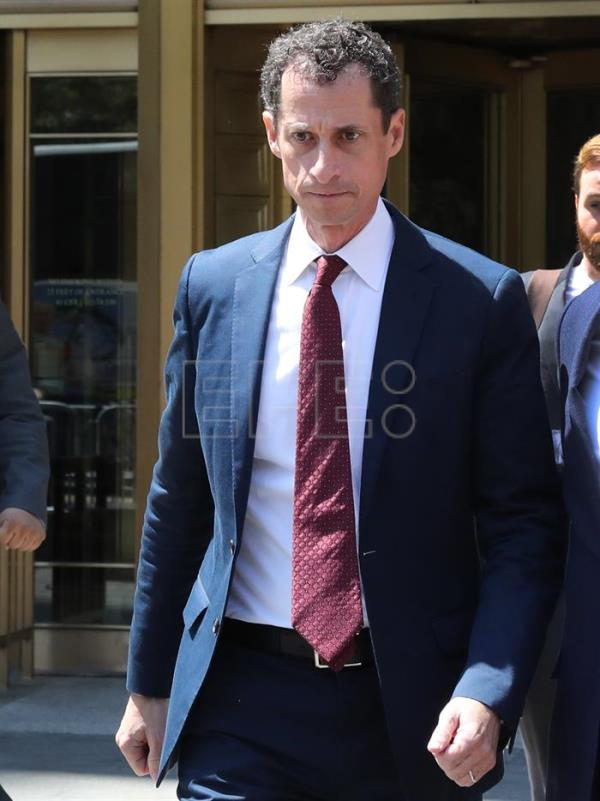 Former US congressman Anthony Weiner leaves Federal Court after pleading guilty to sexting with a 15-year-old girl, New York, New York, USA, 19 May 2017. EPA/ANDREW GOMBERT