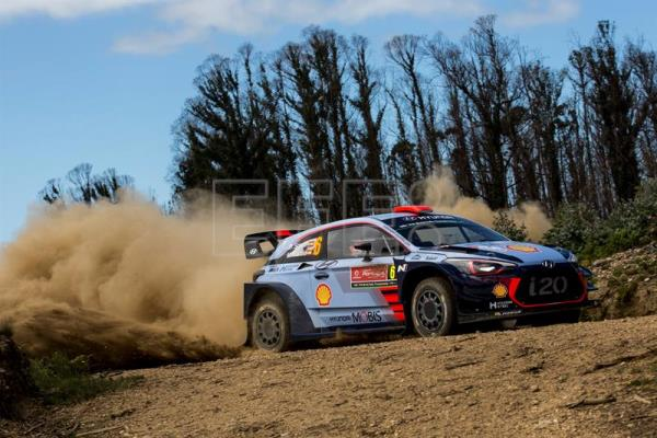 Daniel Sordo of Italy driving his HYUNDAI i20 COUPE WRC during day 2 of Rally de Portugal, in Matosinhos, Portugal. EFE