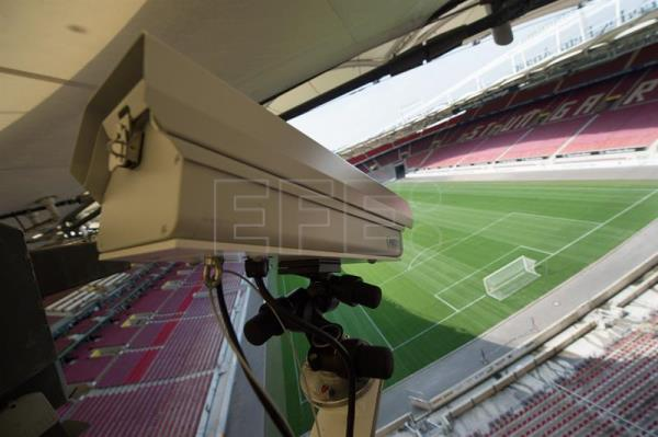 A file picture shows a Hawk-Eye camera at the Mercedes-Benz Arena in Stuttgart, Germany, Jul. 23, 2015. EPA/MARIJAN MURAT GERMANY OUT
