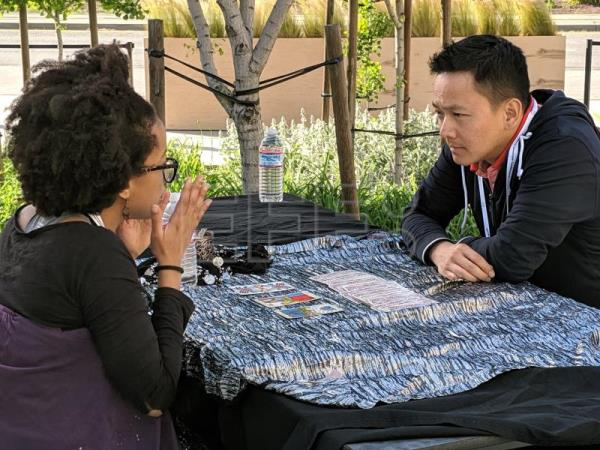 Tarot card reading is latest craze in Silicon Valley