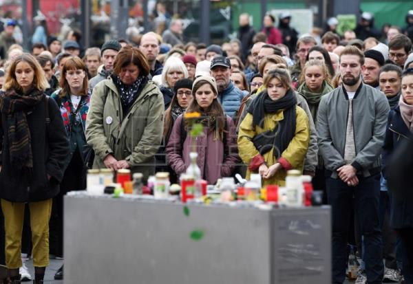Synagogue attack highlights Germany's right-wing extremist problem