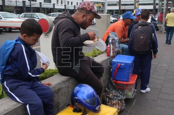 Venezuelans in forefront of new delivery operations in Ecuador