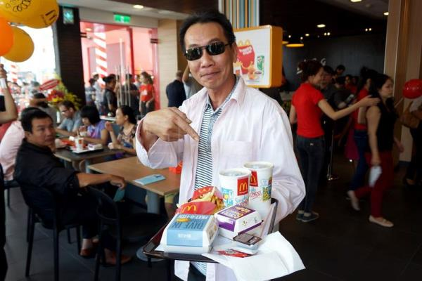 American fast food fails to win over Vietnam