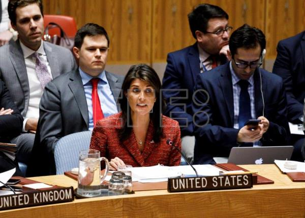 US Ambassador to the United Nations Nikki Haley speaks in the Security Council on April 10, 2018. EFE-EPA / JUSTIN LANE