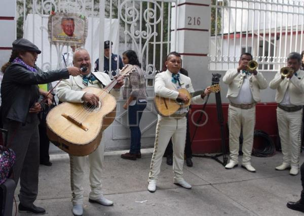 Mexico City, Nov. 13, 2018: Leftist leader Andres Manuel Lopez Obrador turned 65 on Tuesday, just a few weeks before fulfilling his longstanding dream of becoming Mexico's next president. Mariachis and followers arrived before his main office in the country's capital to celebrate, yet the soon-to-become president was not in the building. EPA/EFE/Mario Guzmán