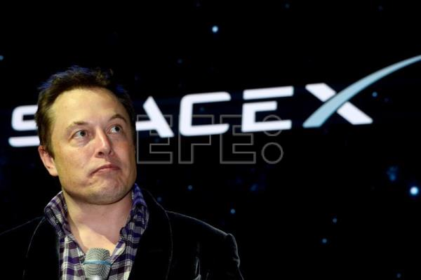 Elon Musk's SpaceX is raising $500 million in funding