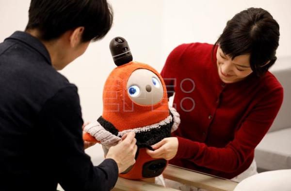 Companion robot designed to love humans unveiled | Business