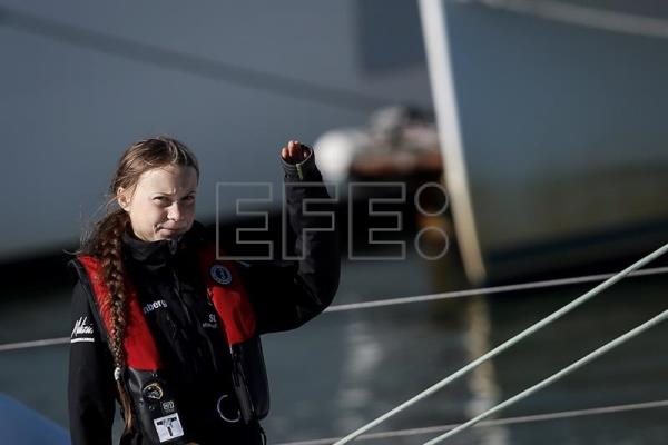 Greta Thunberg arrives at Lisbon