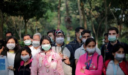 Activists highlight pollution in India's Kolkata, considered worst in world