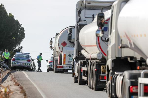 Second day on strike of dangerous goods drivers in Portugal