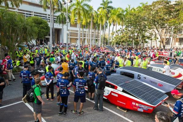 A view of racing teams preparing for the start of the World Solar Challenge at Parliament House in Darwin, Northern Territory, Australia, Oct. 8, 2017. EFE-EPA/GLENN CAMPBELL