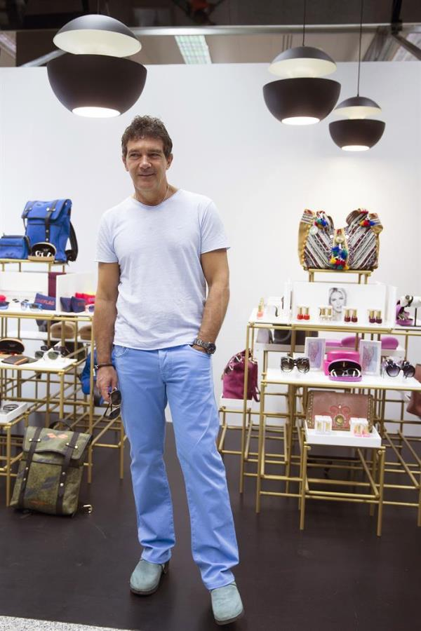 "Spanish actor Antonio Banderas poses during the presentation of his new accessories collection ""Antonio Banderas Design"" in Marbella, Spain, 12 August 2017. EFE/Jorge Zapata"