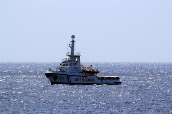 Migrant ship Open Arms heads for Italian port of Lampedusa